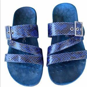 Vionic Skylar blue snakeskin orthotic sandals sz 8